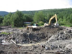 Excavation du site pour la nouvelle structure