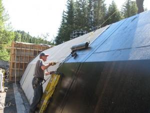 Installation de la membrane d'étanchéité